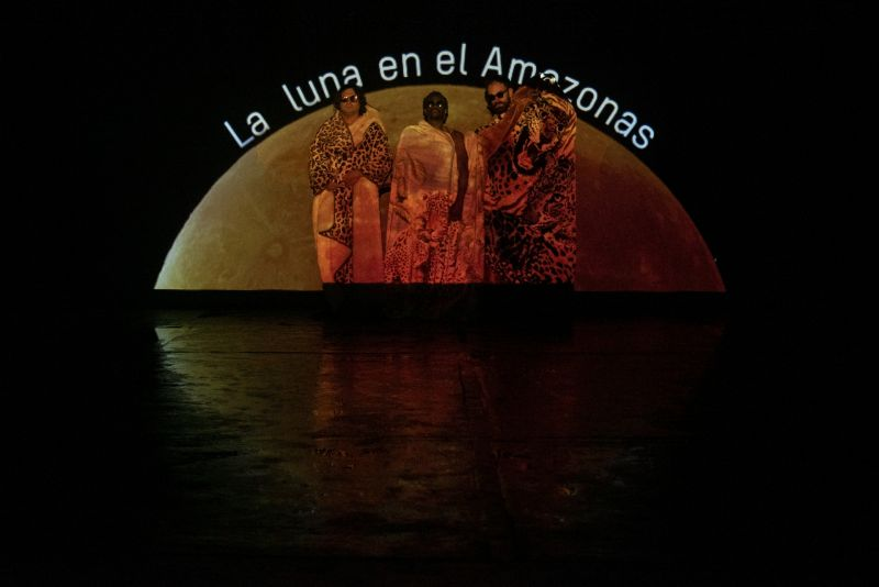 9_The_Moon_Is_In_The_Amazon_Photographer_Javier_Hernandez.jpg